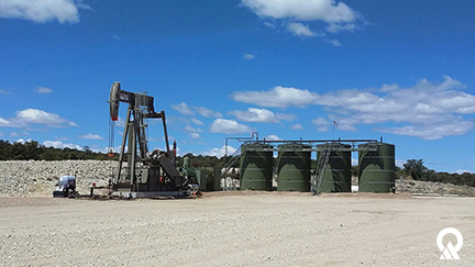Oil and gas condensate storage tanks